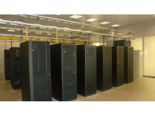 银行网点机房环境动力集中监控报警系统方案