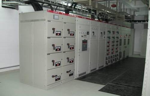 高压配电线路,配电变压器,低压配电线路以及相应的控制保护设备组成.