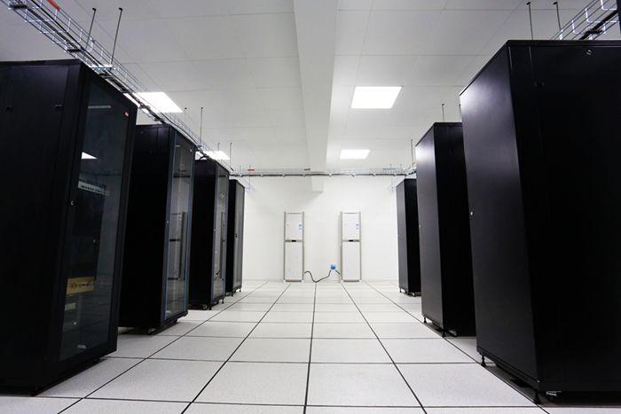 客户想找新的智慧机房管理方案的内容