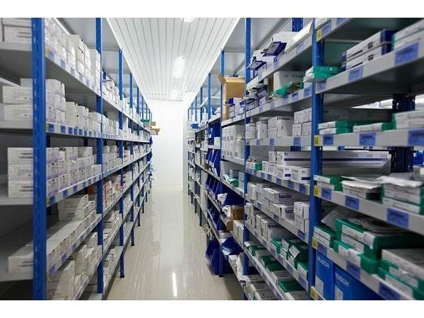 这有药品存储仓库环境监测与控制系统解决方案!