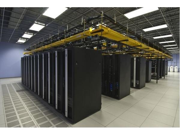 迈世为8年老客户的数据中心动环运维管理系统现场服务!