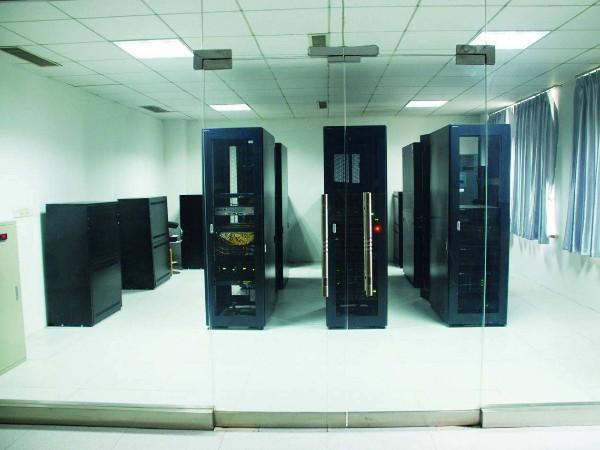 哪家公司可以提供小型机房环境监控系统调试?