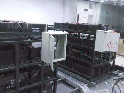 UPS电源室机房空调如何配置?