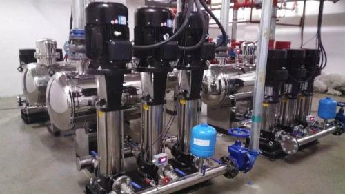 可视化的学校热水泵动力环境监控系统