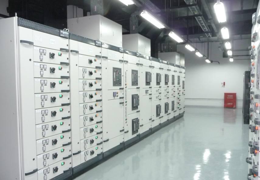 机房电气设备