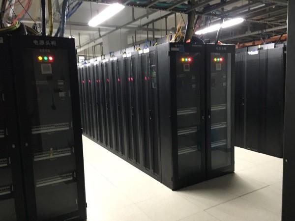 运用机房集中监控保障设备性能安全