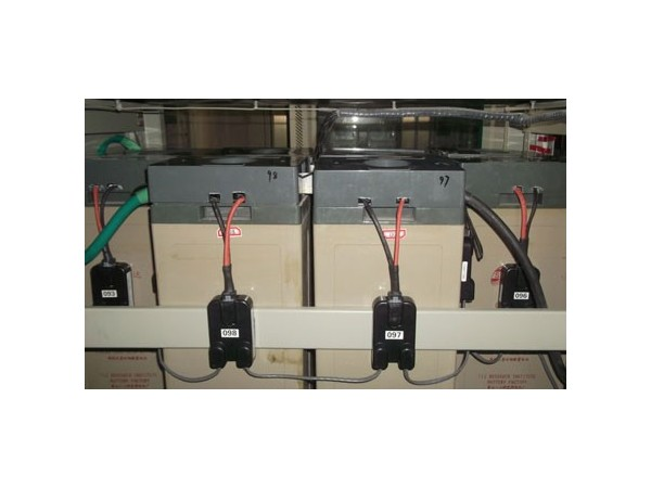 高铁变电所的蓄电池状态监测与控制系统设计方案