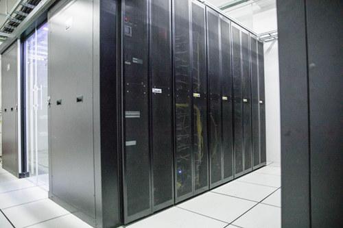 数据机房展示系统有精采的人机交互界面