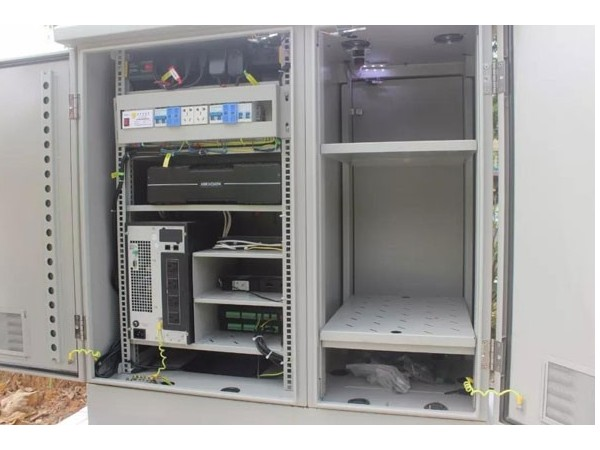 单舱、双舱、三舱的ETC室外一体化机柜有何异同?