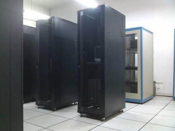 你只知道艾默生动环监控系统吗?这些厂家也很不错!