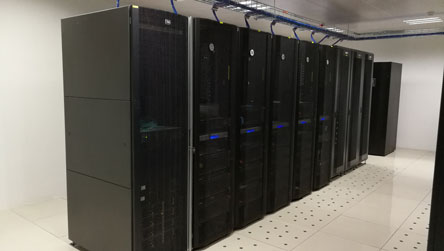迈世设计的初中学校网络中心机房监控系统