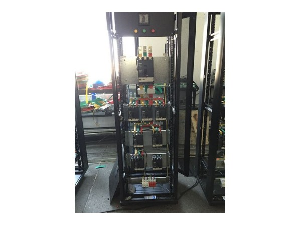 精密配电柜智能电量监控系统,机房电力情况随时掌握