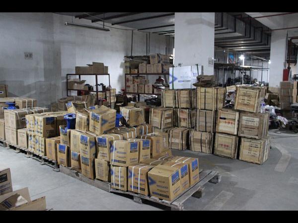 地下仓库温湿度监测系统如何联动排风机自动换气?