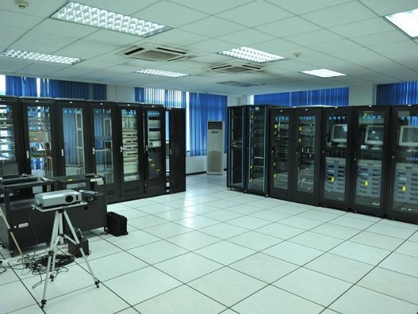 关于网络中心机房动环监控系统的概述